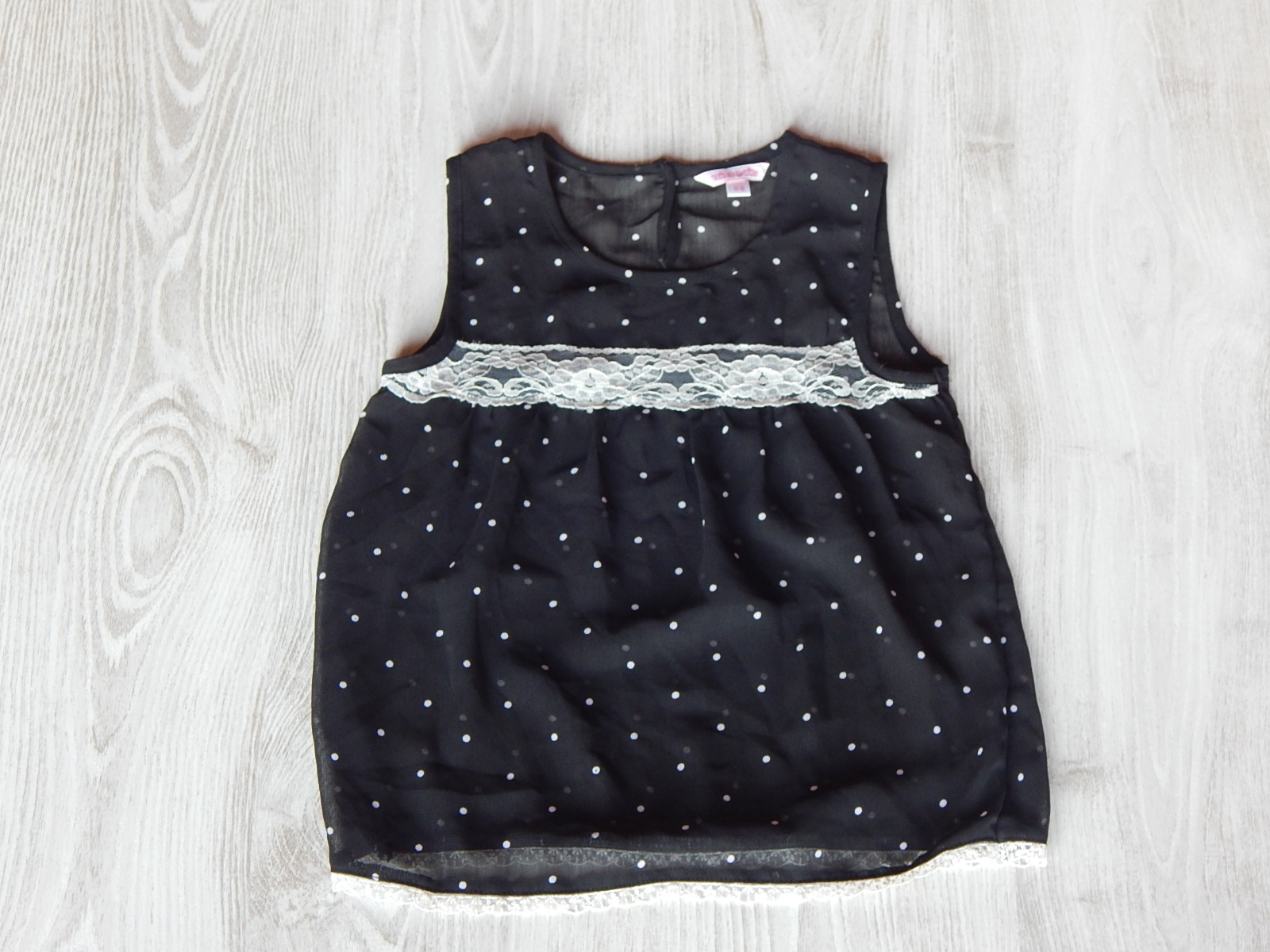 0136fcf02f Sötétkék pöttyös felső csipke betéttel [116 (6 év) / Lány ruhák ...
