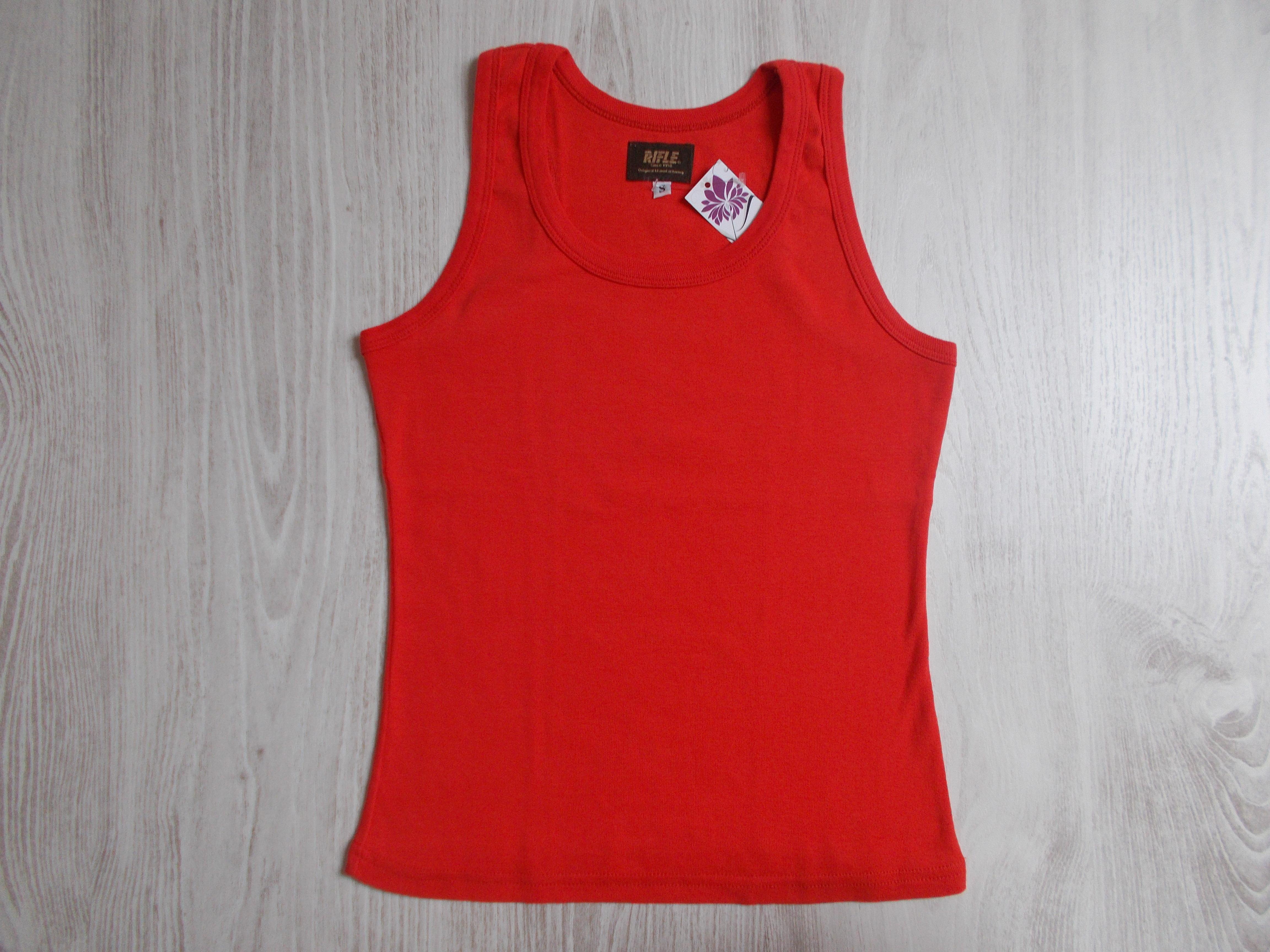 Piros trikó  158-164 (13-14 év)   Lány ruhák     Lótusz Gyerekruha ... f8f312fdc0