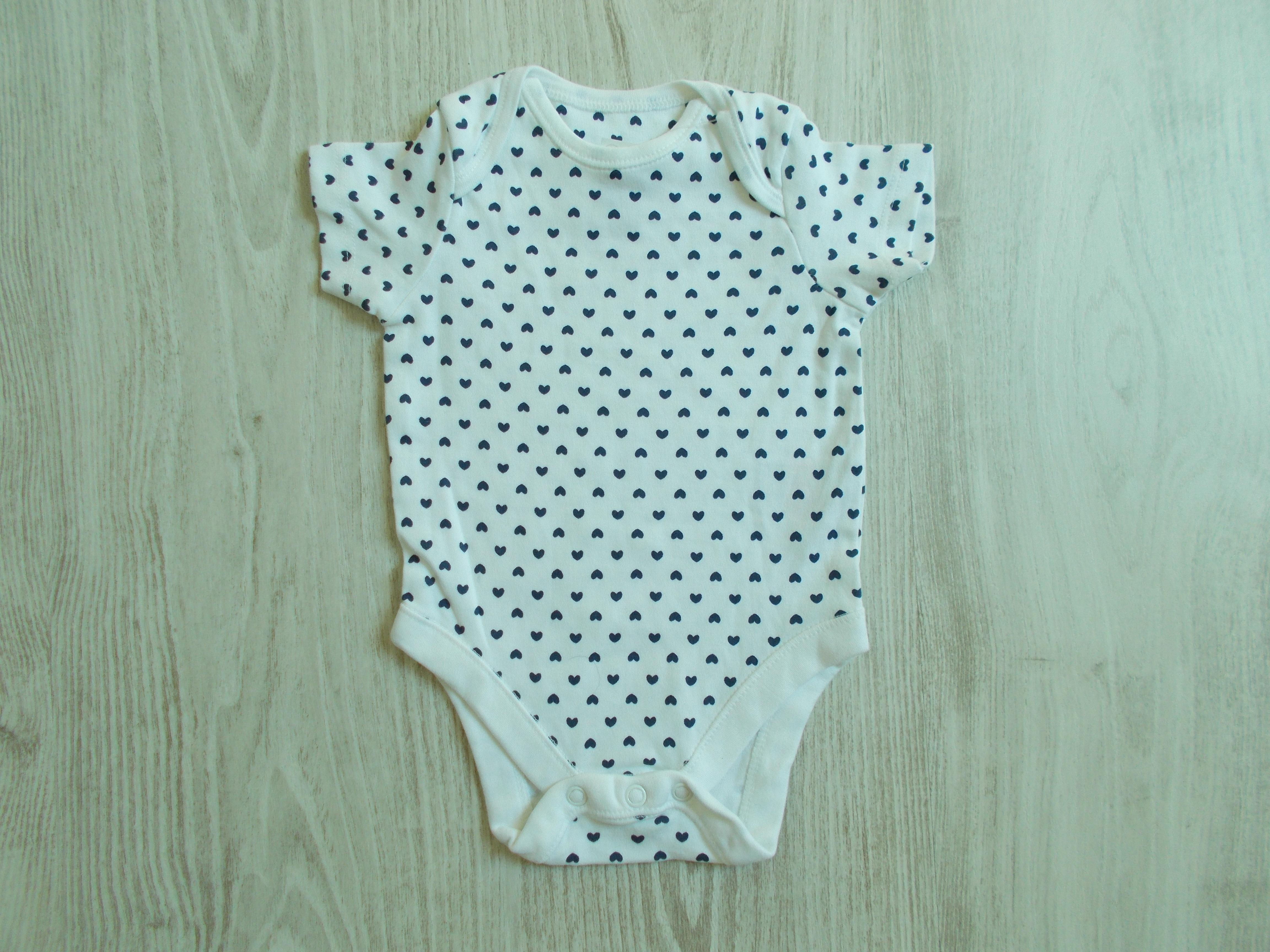 7372667e82 Szívecskés body [62 (0-3 hó) / Lány ruhák] :: Lótusz Gyerekruha Webshop