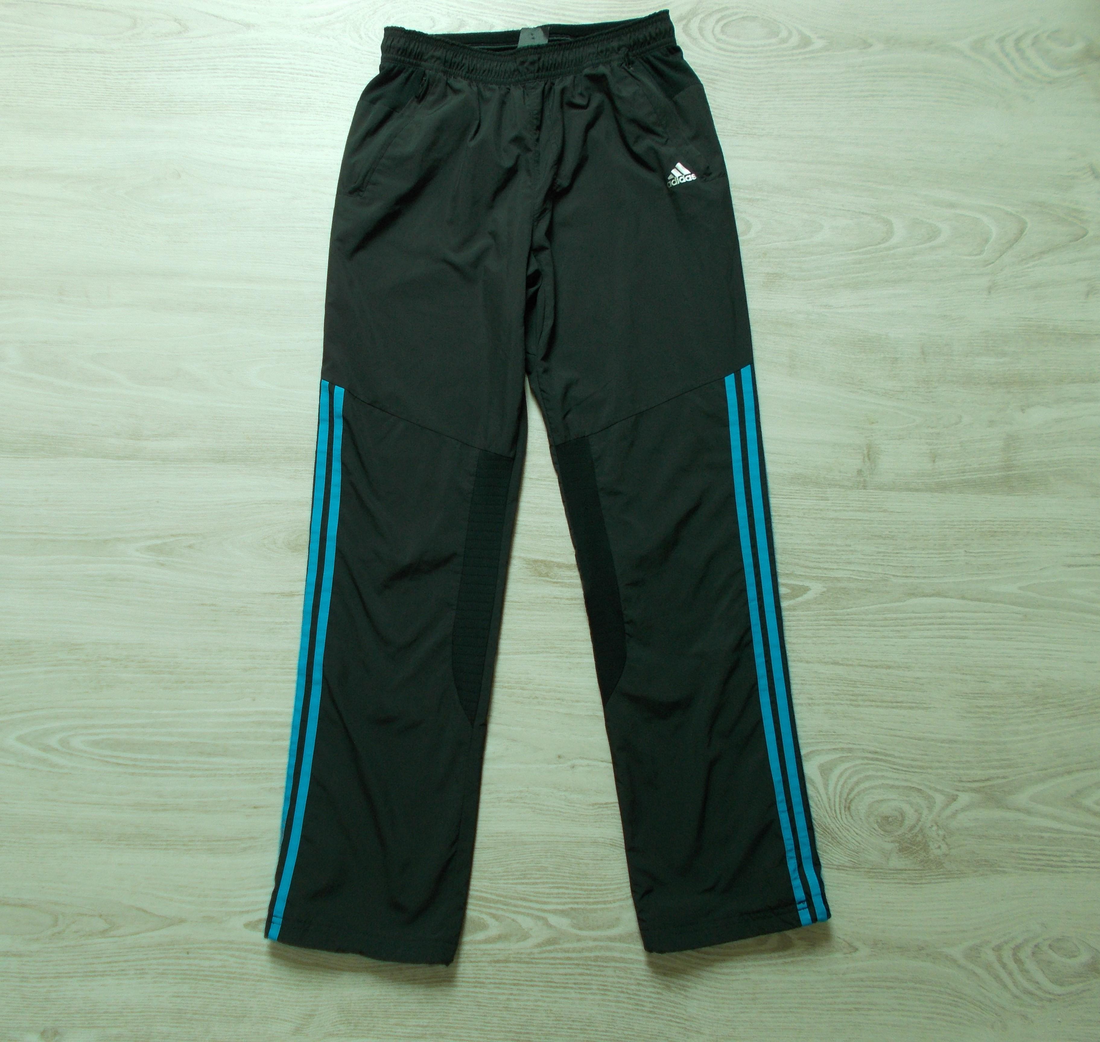 Adidas melegítő nadrág  158-164 (13-14 év)   Fiú ruhák     Lótusz ... b07c5d56fb