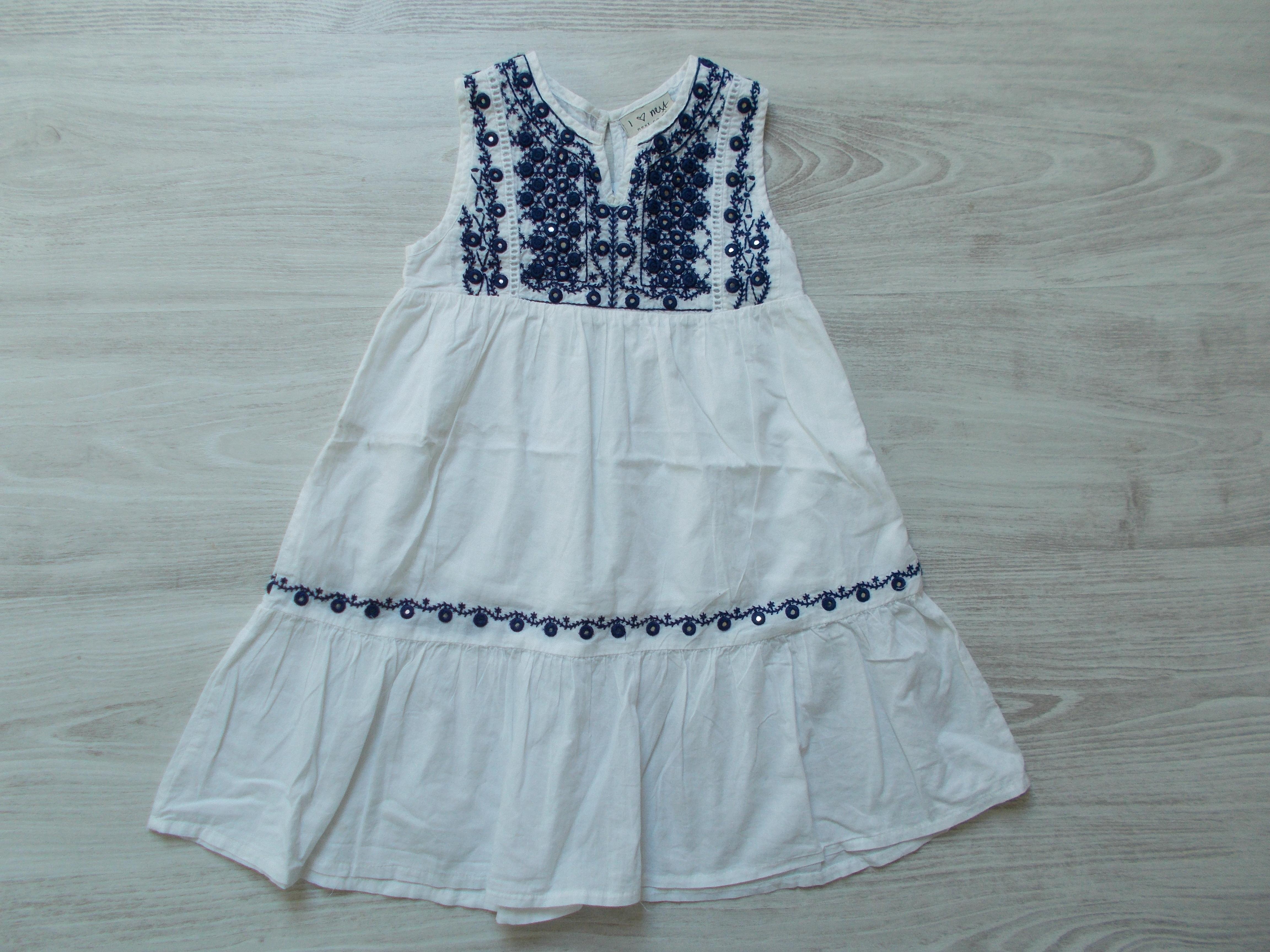 Next hímzett ruha  104 (4 év)   Lány ruhák     Lótusz Gyerekruha Webshop 3585daa837